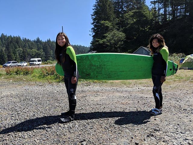 This is pure stoke!!! Many thanks to the Hoh tribal nation for hosting us this weekend, more photos to come! These two shredders captured by Veronica @picklemesilver while she was running the sign ups for the camp! 💙🌊#warmcurrent #hohNation #pnwonderland #gobecauseyoucan #girlshredders