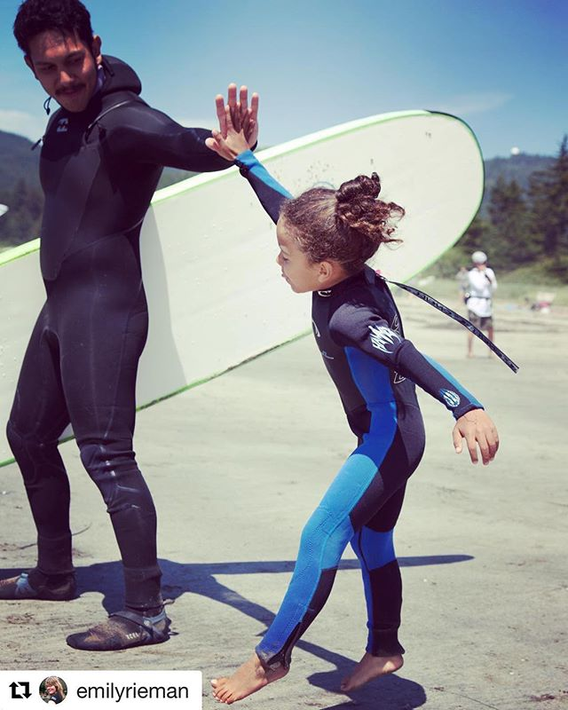 This lucky grom got a wetsuit that fits!  We need more of these tiny sizes!  #hifive #highfive #makahtribe #warmcurrent #surfcamp #grom #weneedsmallwetsuits