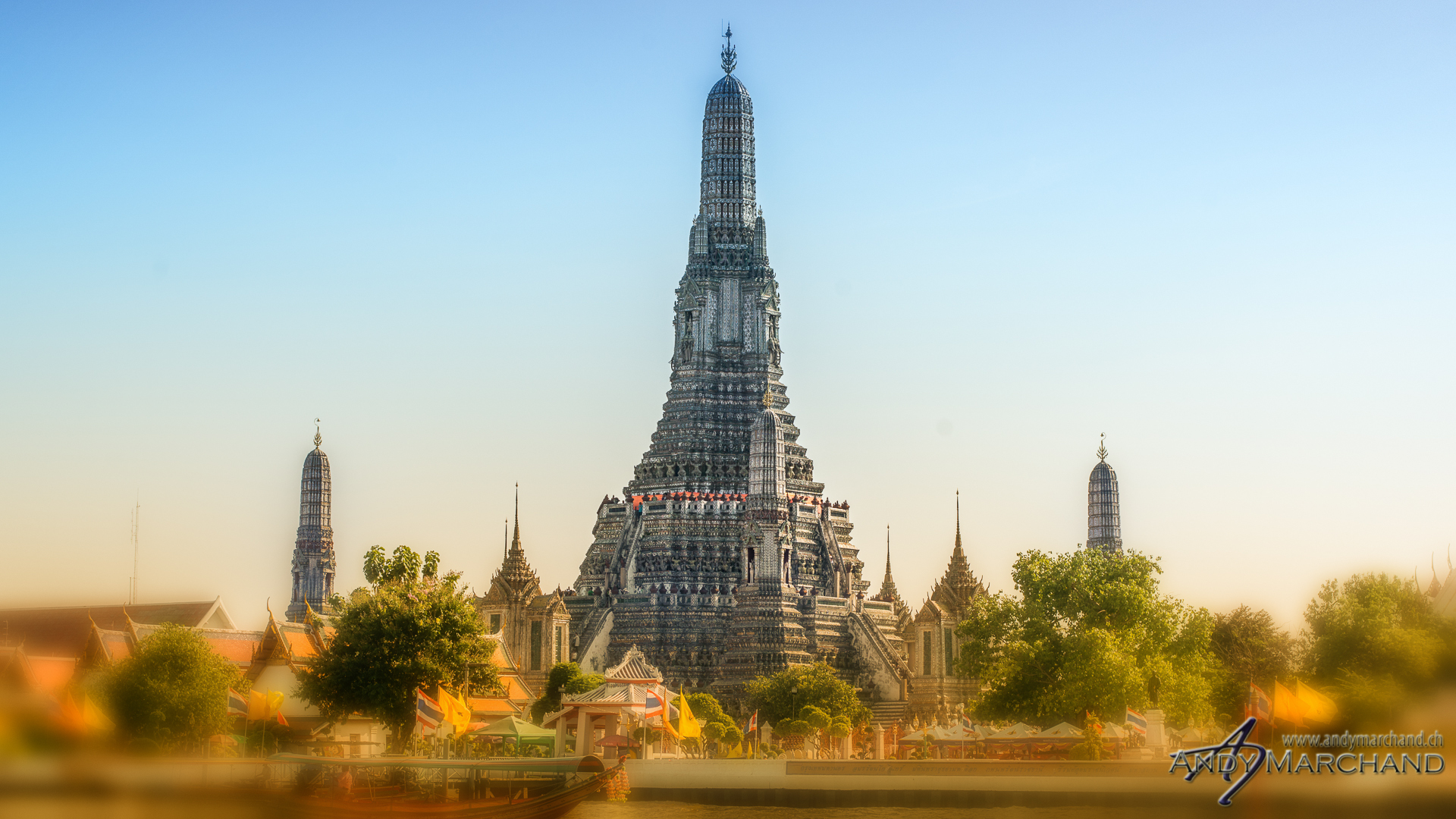 Wat Arun by day