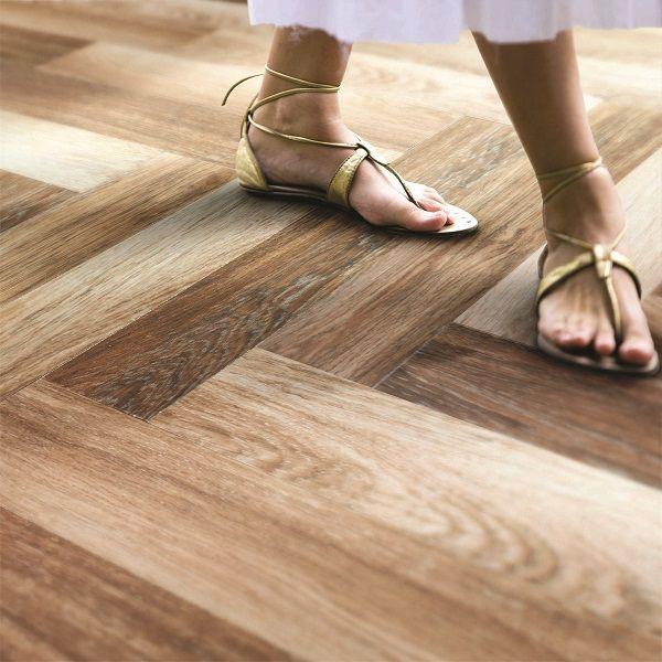 http://www.azgathering.com/wood-tile-flooring-review/