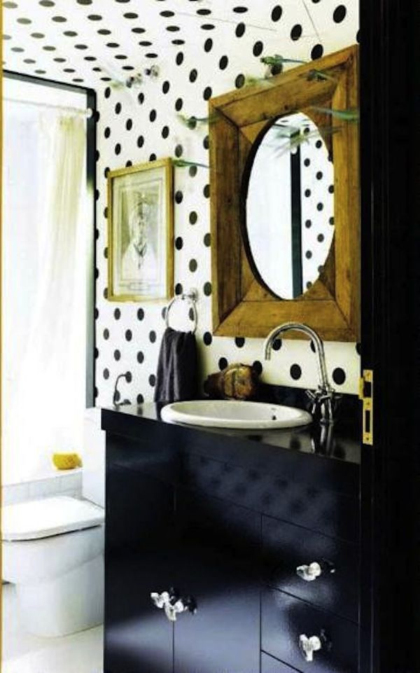 Polka Dots! http://www.aphrochic.com/blogs/blog/14327901-dotty-decor  saranobledesigns.com