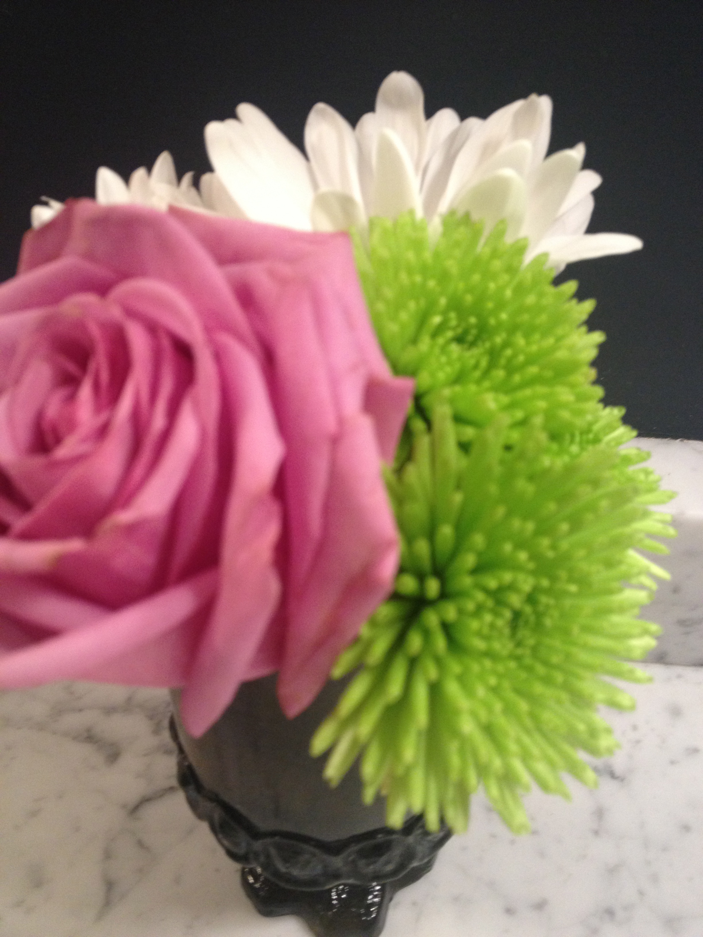 The lilac with lime green gives the color combo a punch of modern. www.saranobledesigns.com