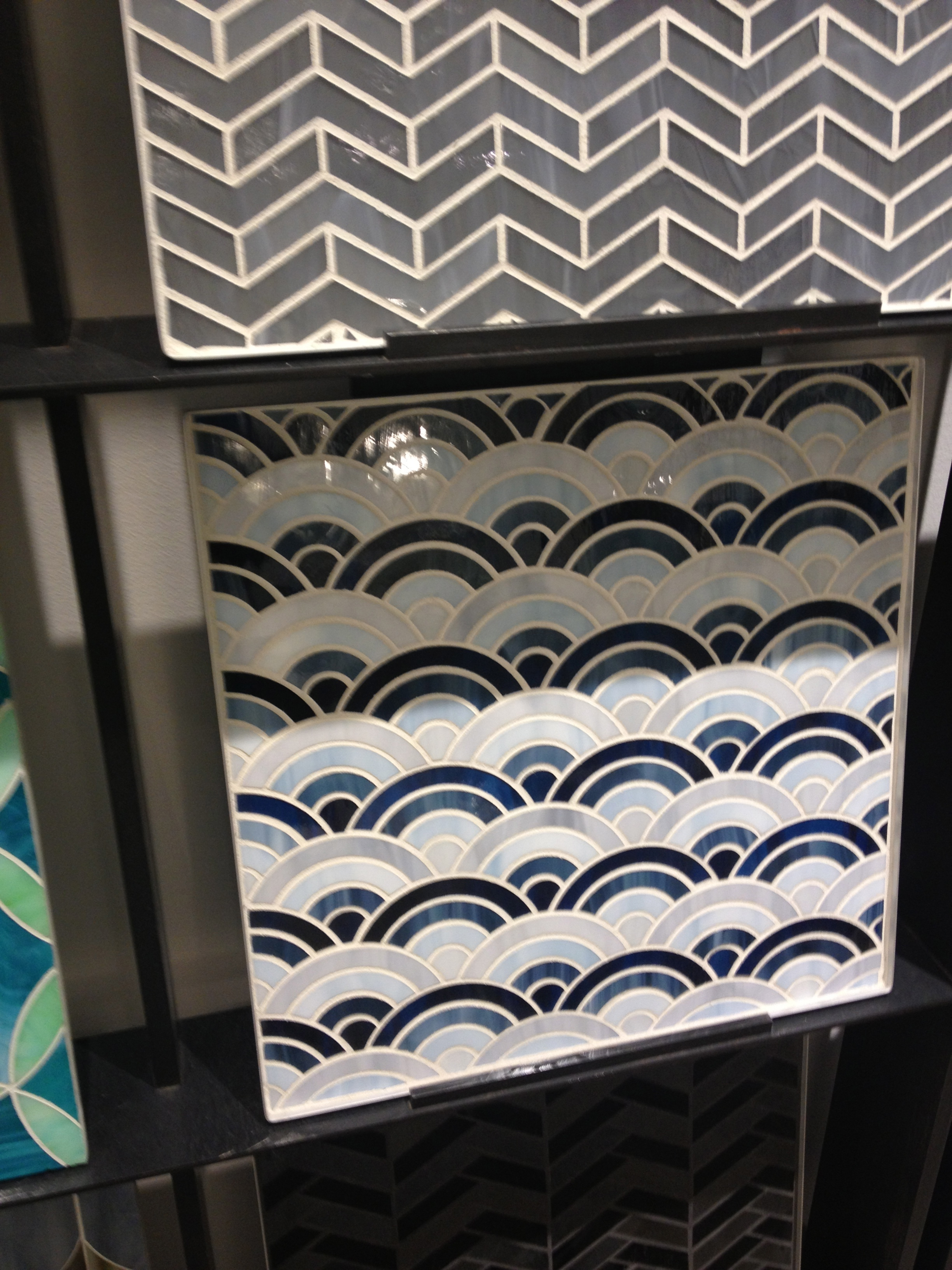 Love the pattern and color combination. www.saranobledesigns.com