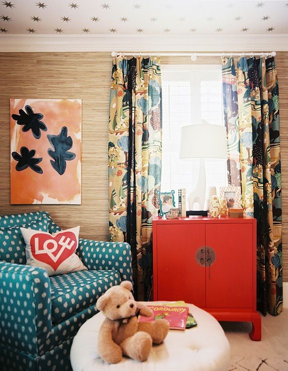 Love the red chest, color combination and ceiling wallpaper. http://abodelove.blogspot.com/
