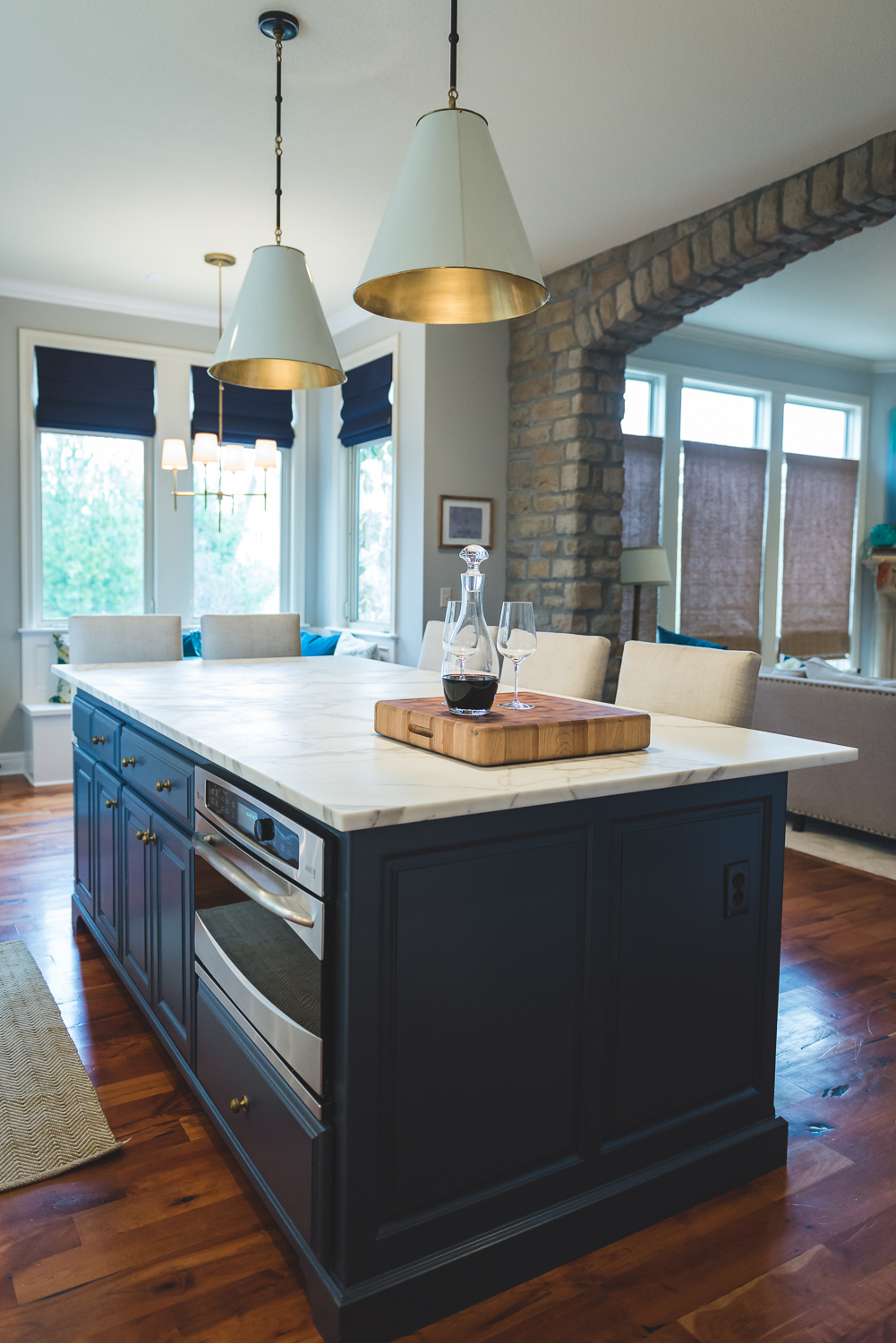 Contrast paient on the island gave us a base to place a marble top which is a showstopper. www.saranobledesigns.com