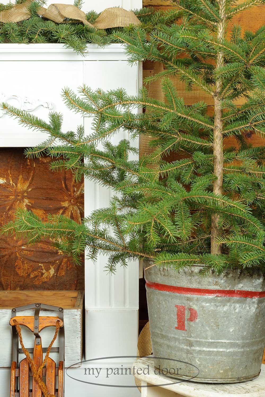 I'm having a Miss Mustard Seed's milk paint Christmas! - via My Painted Door (.com)