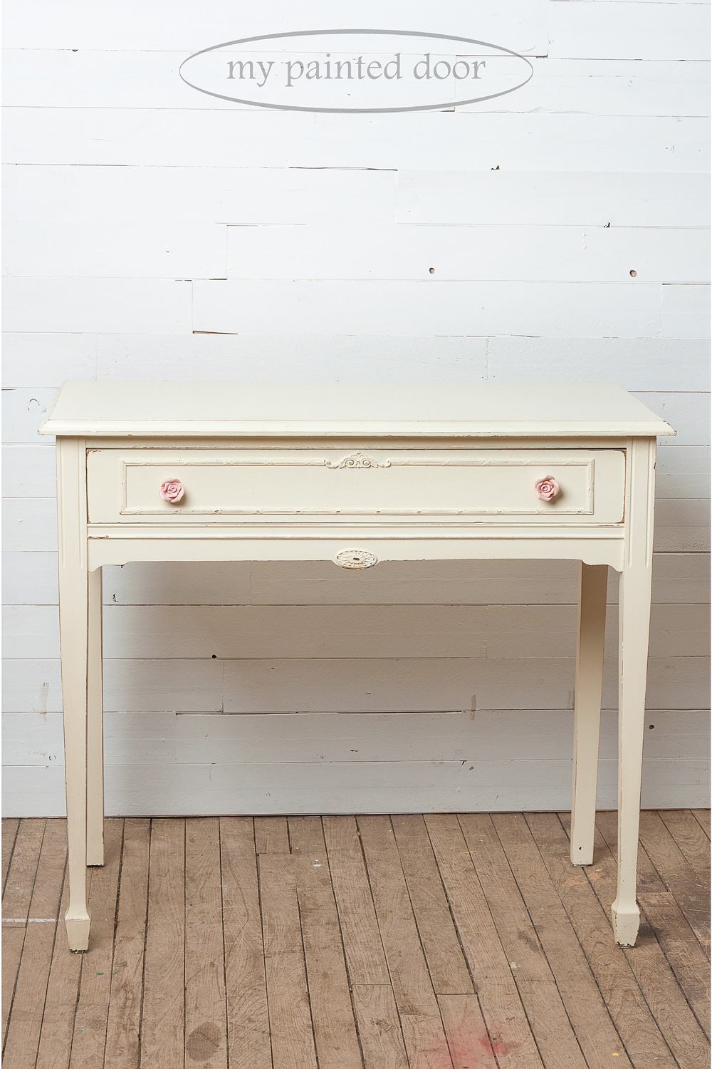 Before photo of an end table painted in Little Piggy from the Jennylyn's Tones for Totes Collection of Fusion Mineral Paint.