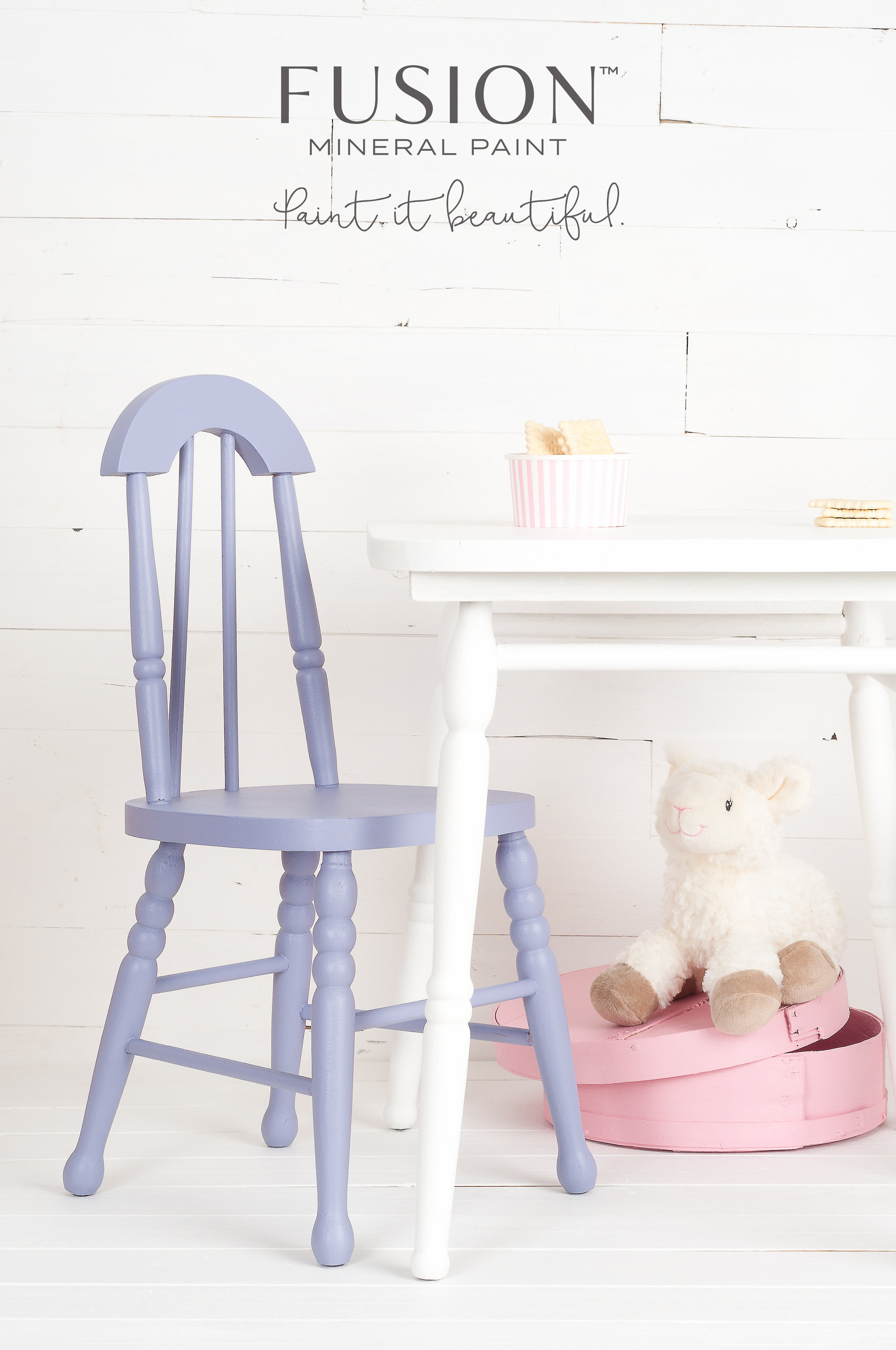 This little chair was painted a beautiful shade of lavender blue using a custom blend of Fusion Mineral Paint. Fusion has 32 recipes available so that you can mix paint to create many wonderful colours like this one.