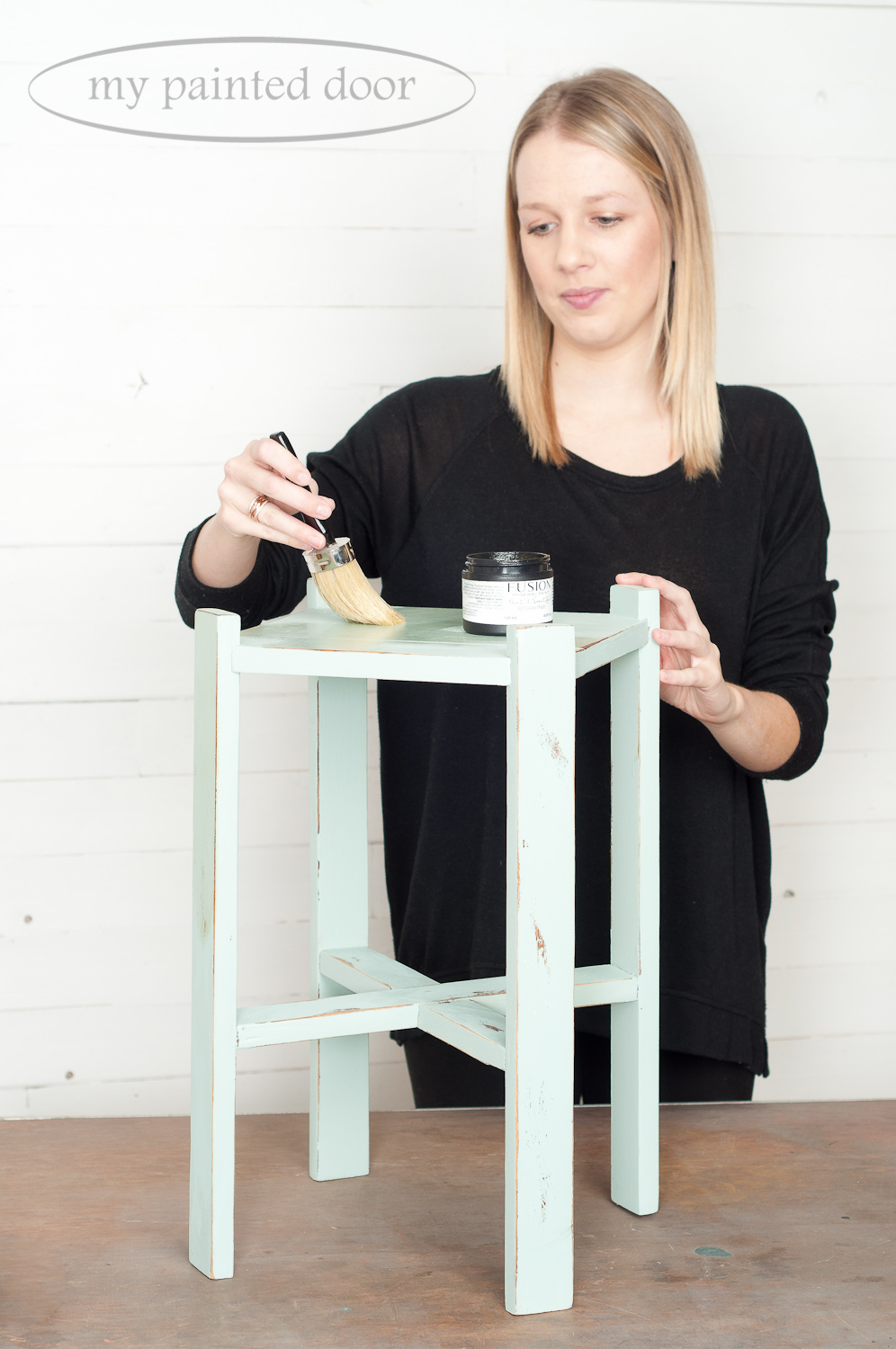 Tips for applying Fusion Mineral Paint Beeswax Finish to your painted furniture. This table is painted in the colour Inglenook.