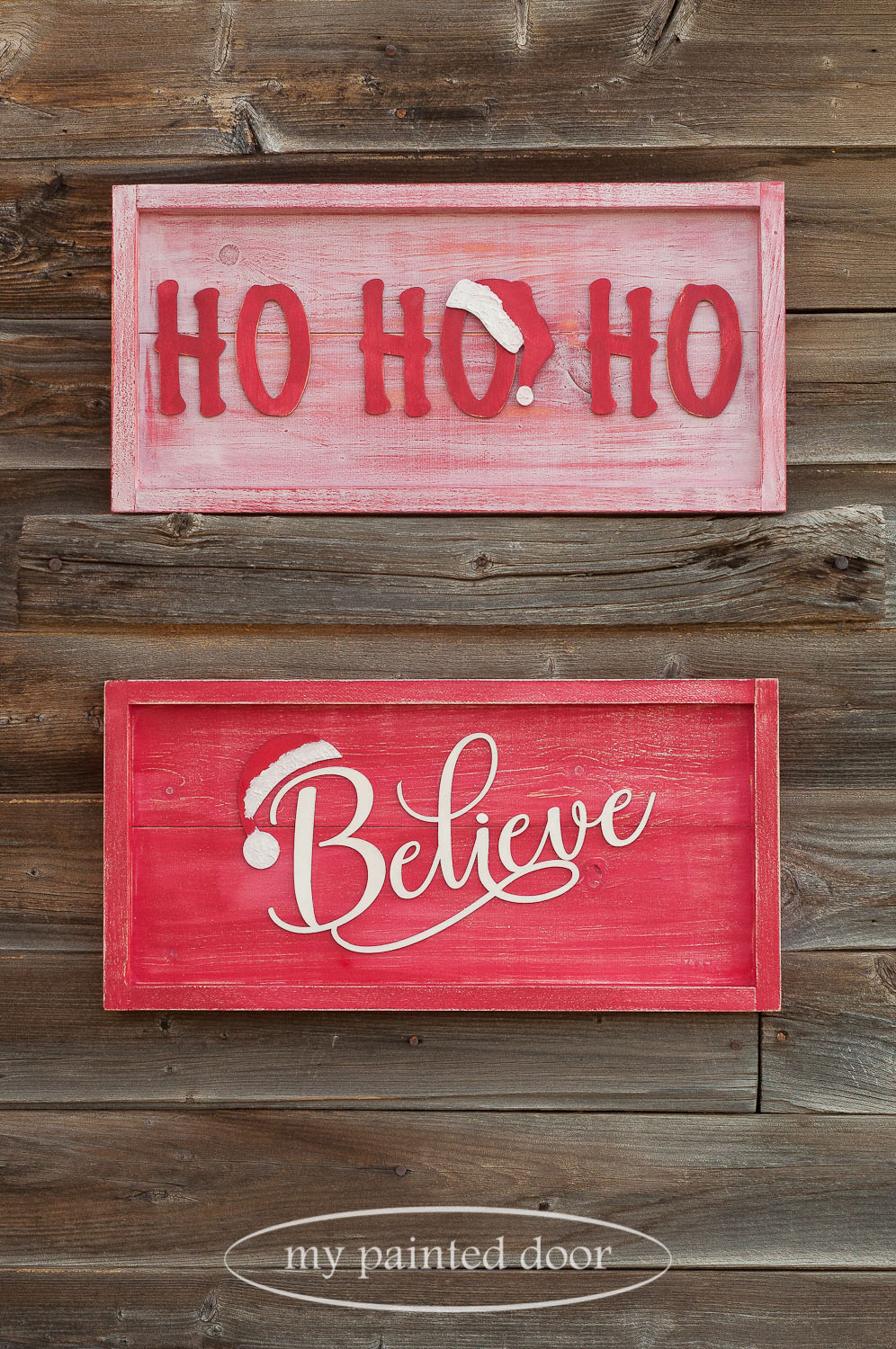 Farmhouse style Christmas signs painted with Miss Mustard Seed's Milk Paint in the colours Farmhouse White and Tricycle.