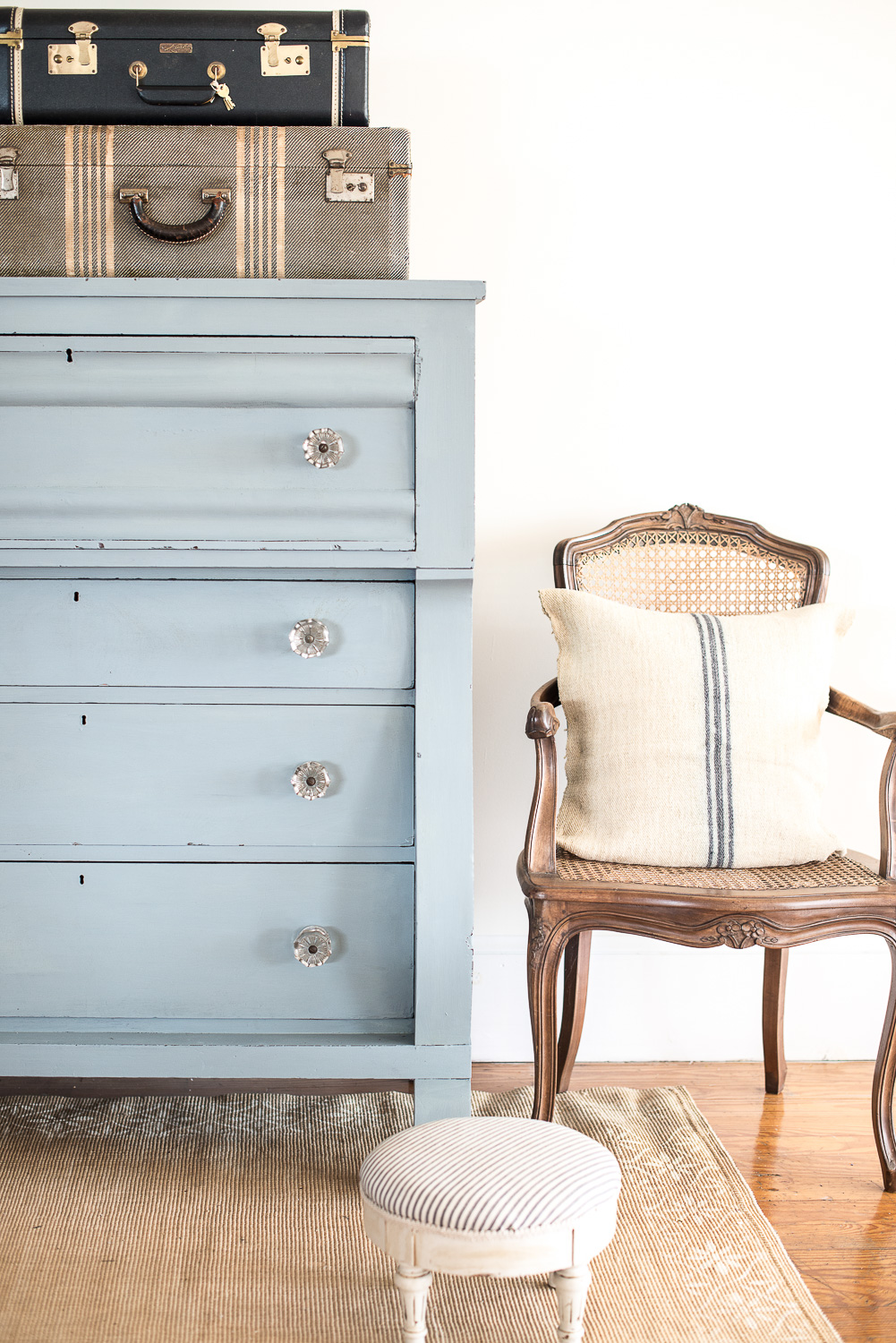 Dresser Painted in Miss Mustard Seed's Milk Paint in the Colour Bergere