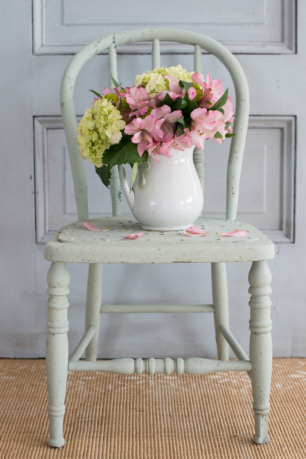 Chair Painted in Miss Mustard Seed's Milk Paint in the Colour Layla's Mint