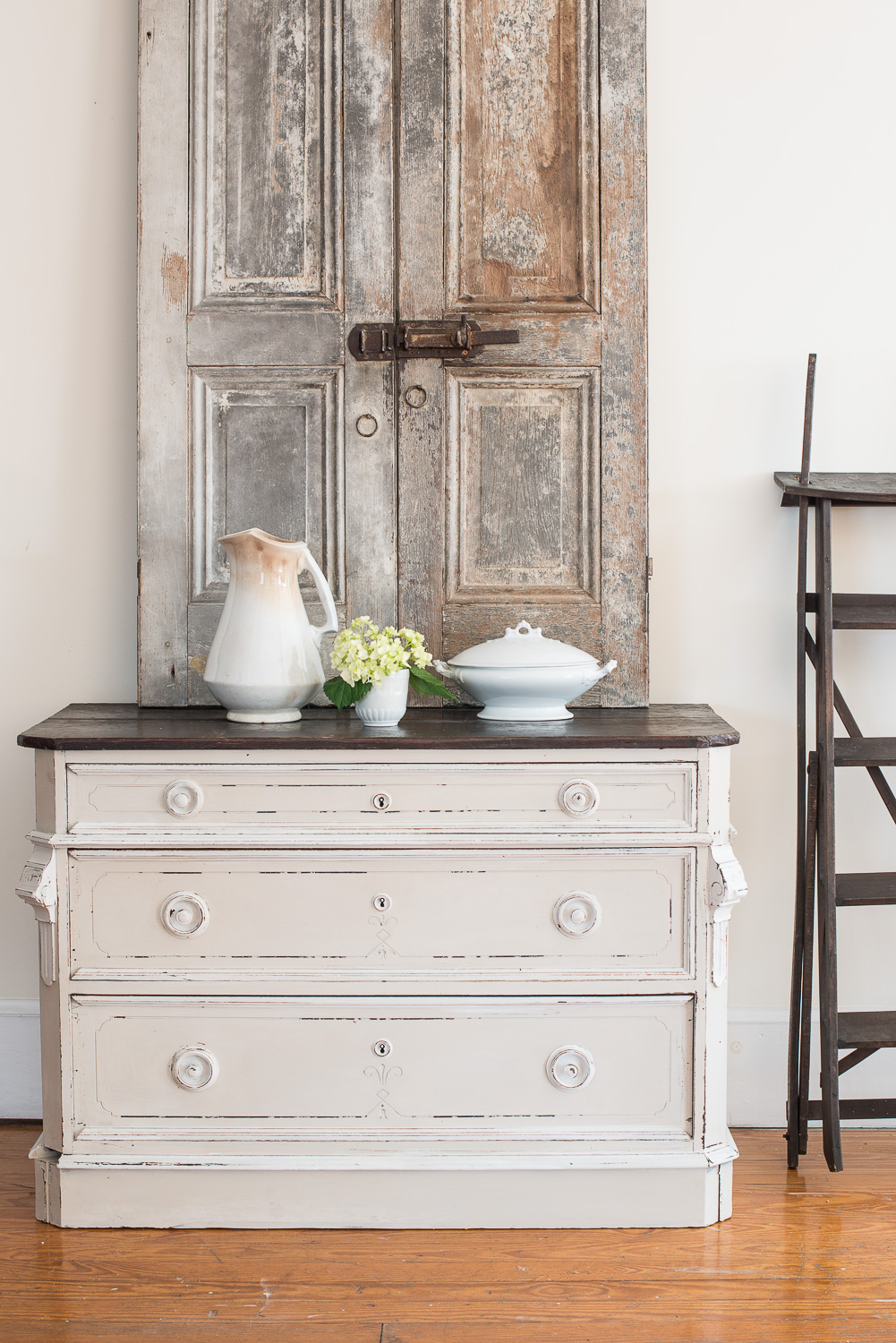 Dresser Painted in Miss Mustard Seed's Milk Paint in the Colour Marzipan