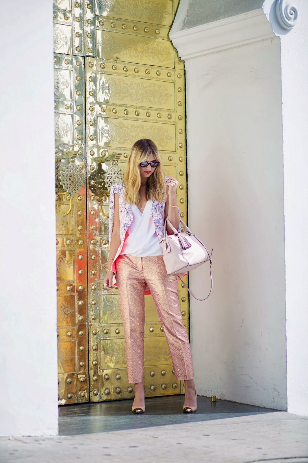 Late Afternoon blogger in Chelsea Flower halter October 2013