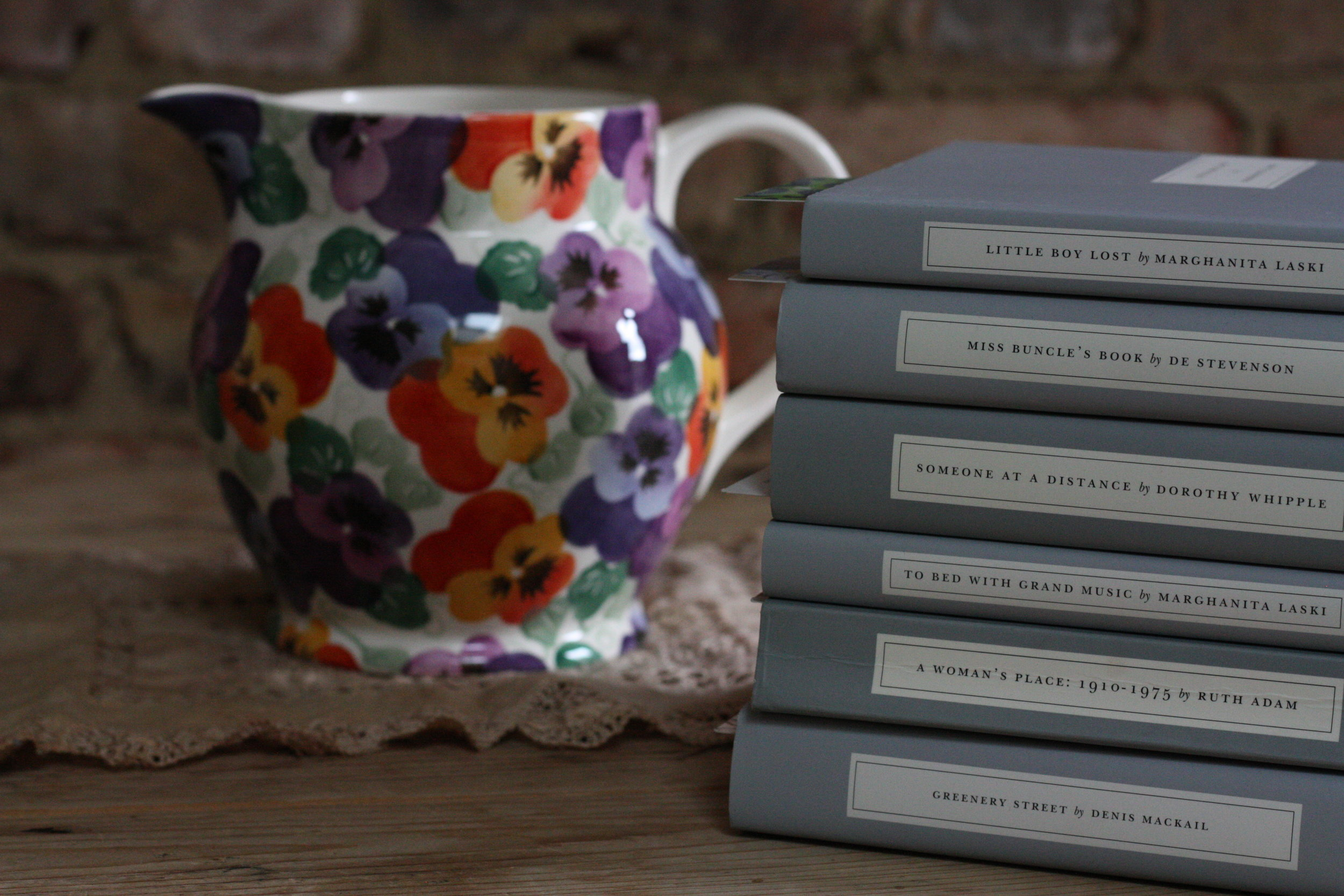 persephone-books-and-pansy-jug