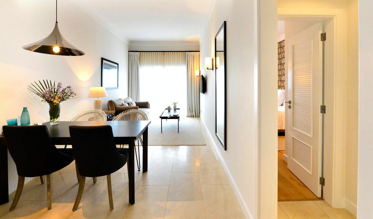 praia-verde-boutique-hotel-suite-M-01-r_Fotor.jpg