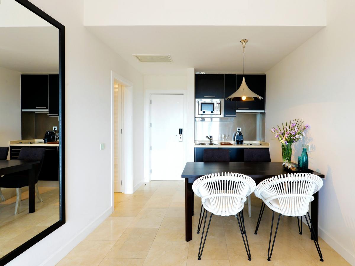 praia-verde-boutique-hotel-family-suite-with-garden-view-R-r2_Fotor.jpg