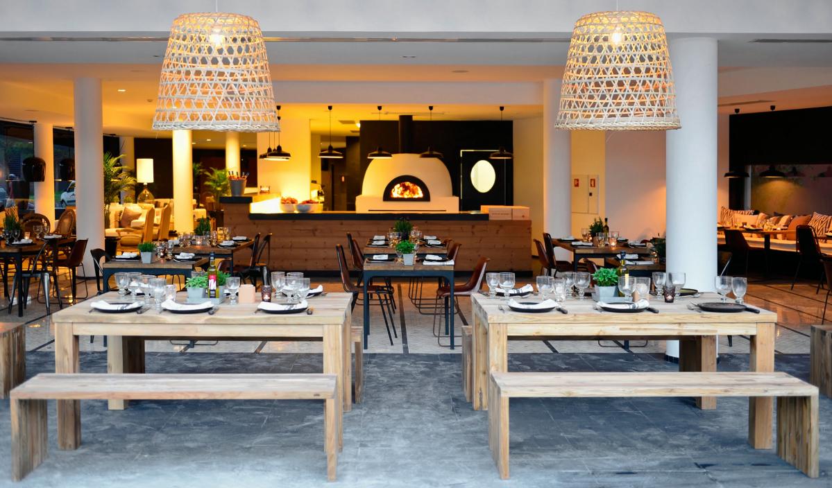 praia-verde-boutique-restaurant-dining-M-02-r_Fotor.jpg