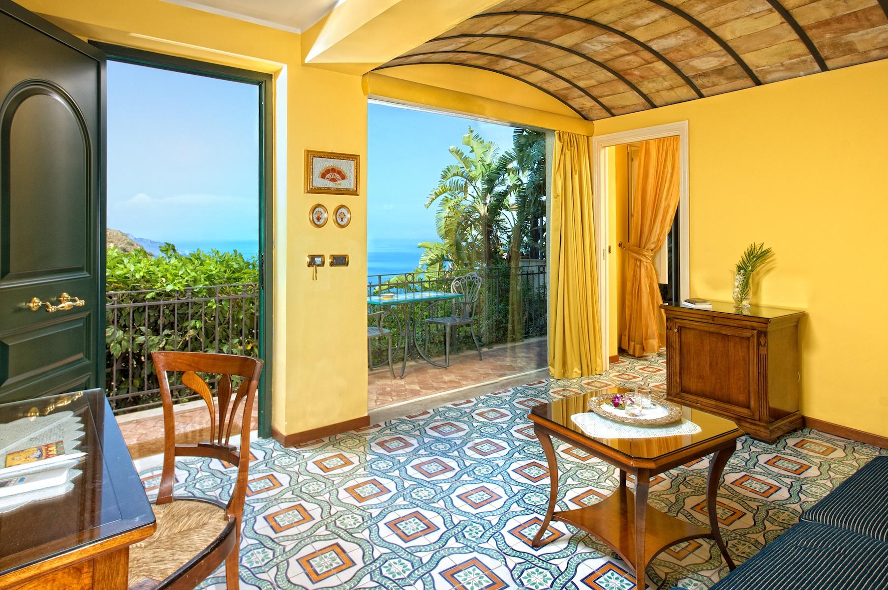 taormina-hotel-suite-6.jpg
