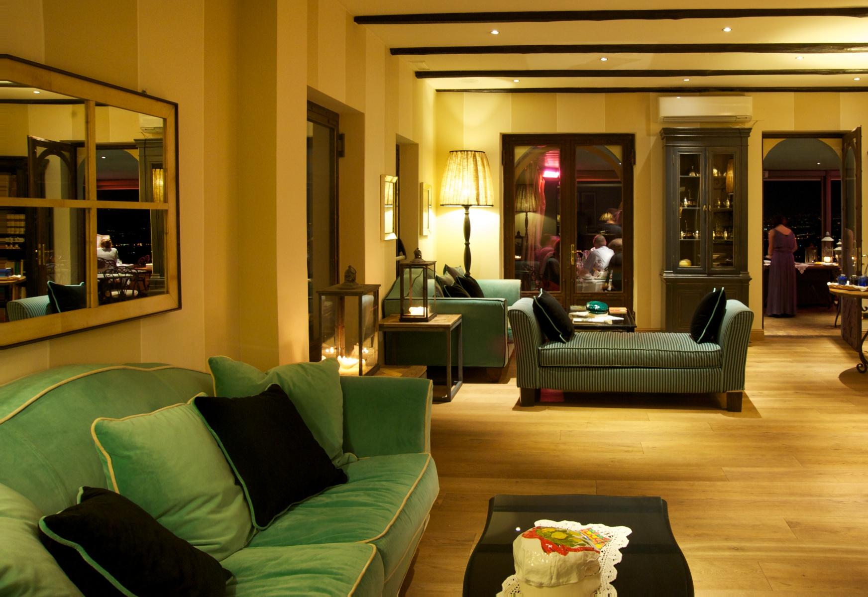 favoloso-hotel.jpg