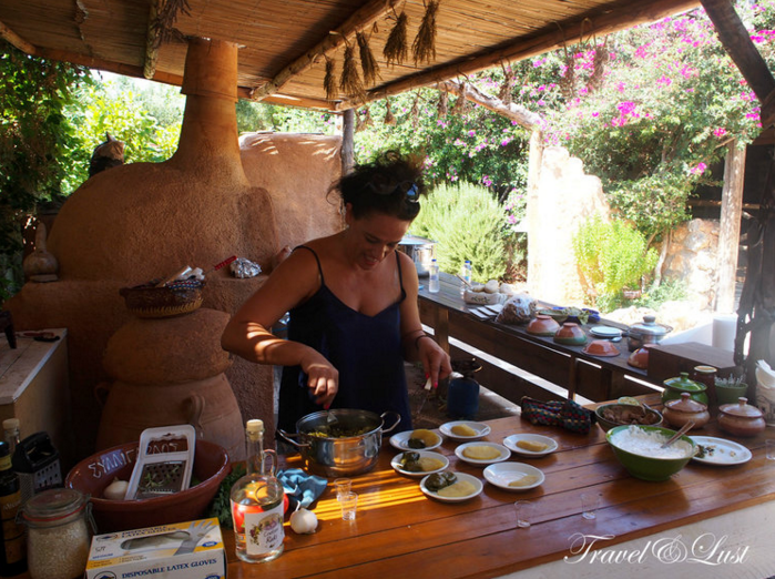 A minimum of 2 people can participate in the Cretan Olive Oil Farm's cooking class. Learn to make dolmades with a side of tzatziki. You can request other dishes by emailing them beforehand.