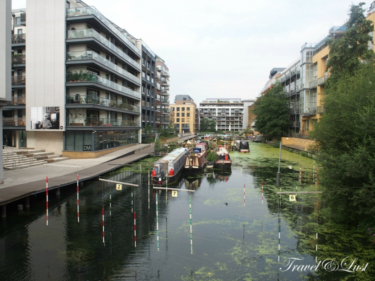The Regent's Canal is one of London's best-kept secrets - a peaceful haven often hidden by the surrounding buildings. Today it is well-loved by boaters, walkers and cyclists all looking to escape the capital's busy streets, but this gem of a canal was all too nearly converted into a railway. Be sure to eat at the independent café and coffee roastery The Counter Café.