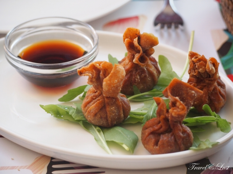 Must try their wontons, one of the best dishes to start off with.