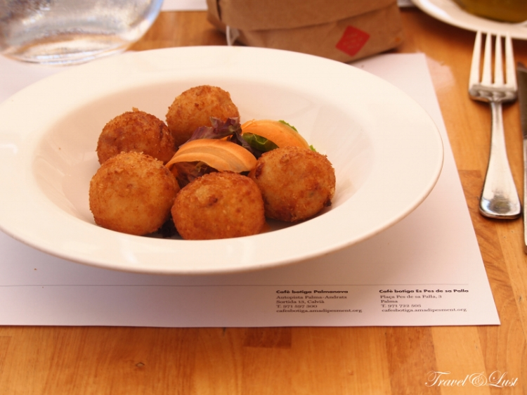 Hand made chicken croquettes for starters.