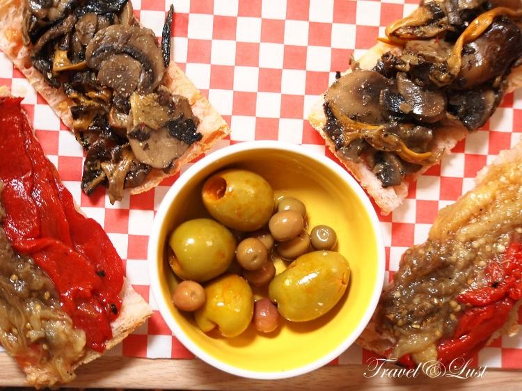 Mushroom and pepper & auberginecocas (Catalan flat bread).