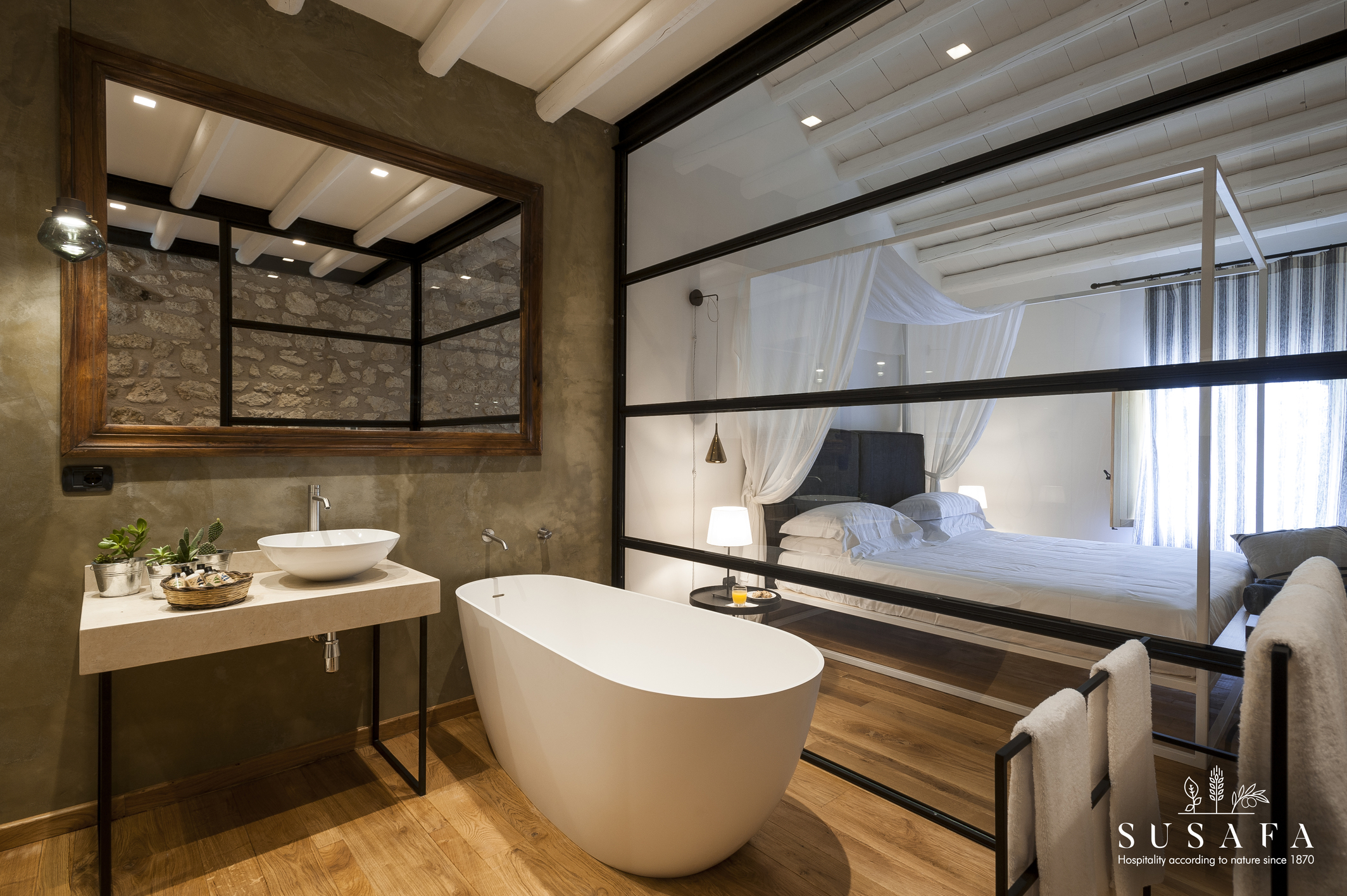 Gran Suite - Bathroom PUC_6205.jpg