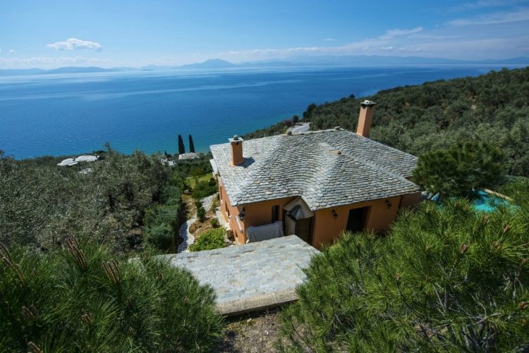 Villa 2 Cypresses_Pelion Homes.jpg