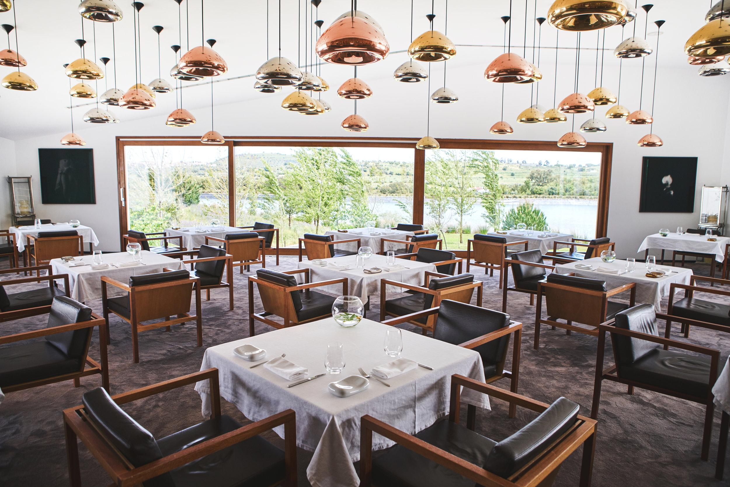 04 Restaurant.jpg