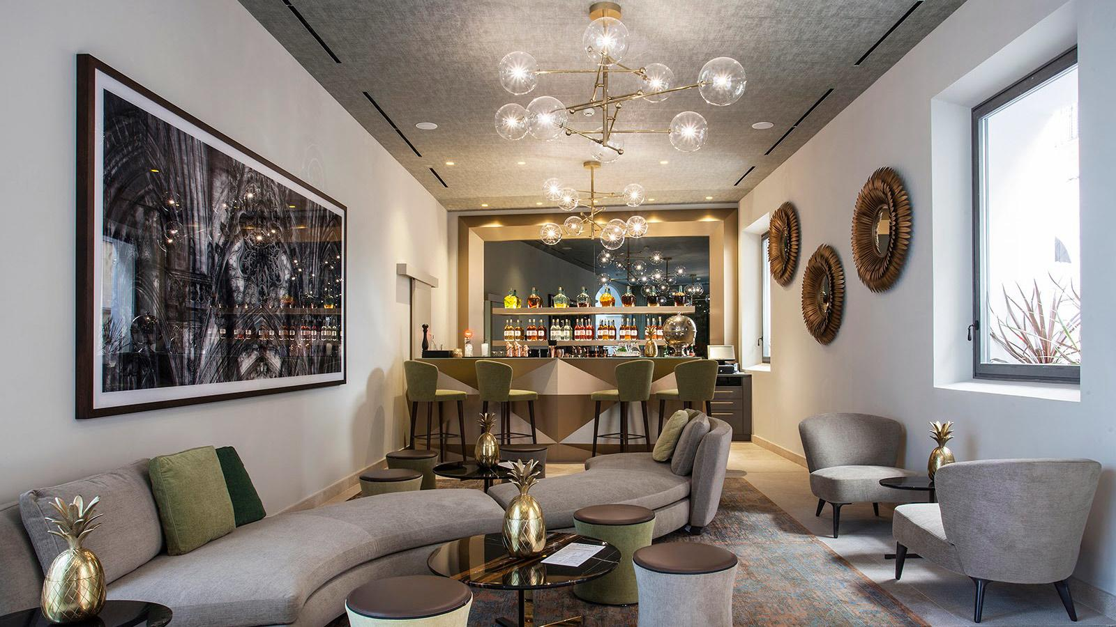 boutique-hotel-sant-jaume-palma-de-mallorca-bar.jpg