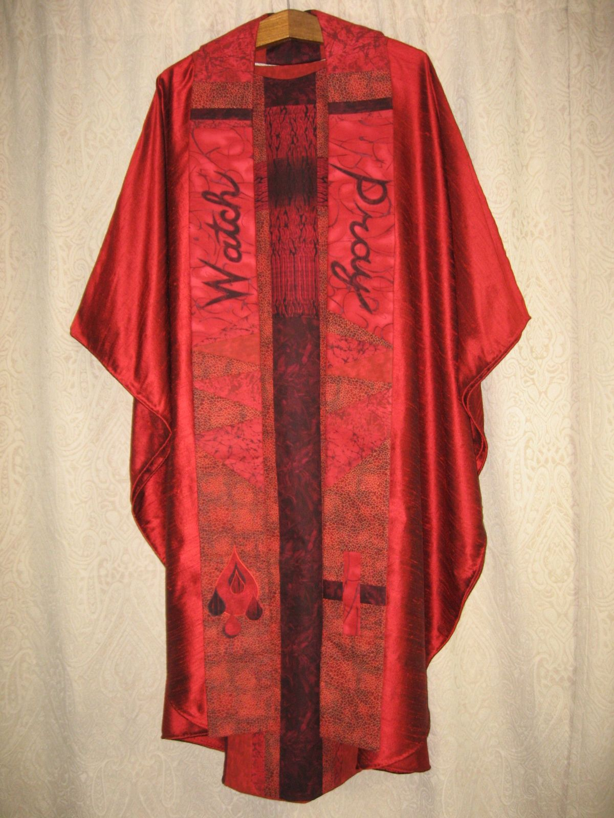 Scarlet Chasuble with Stole, Holy Thursday