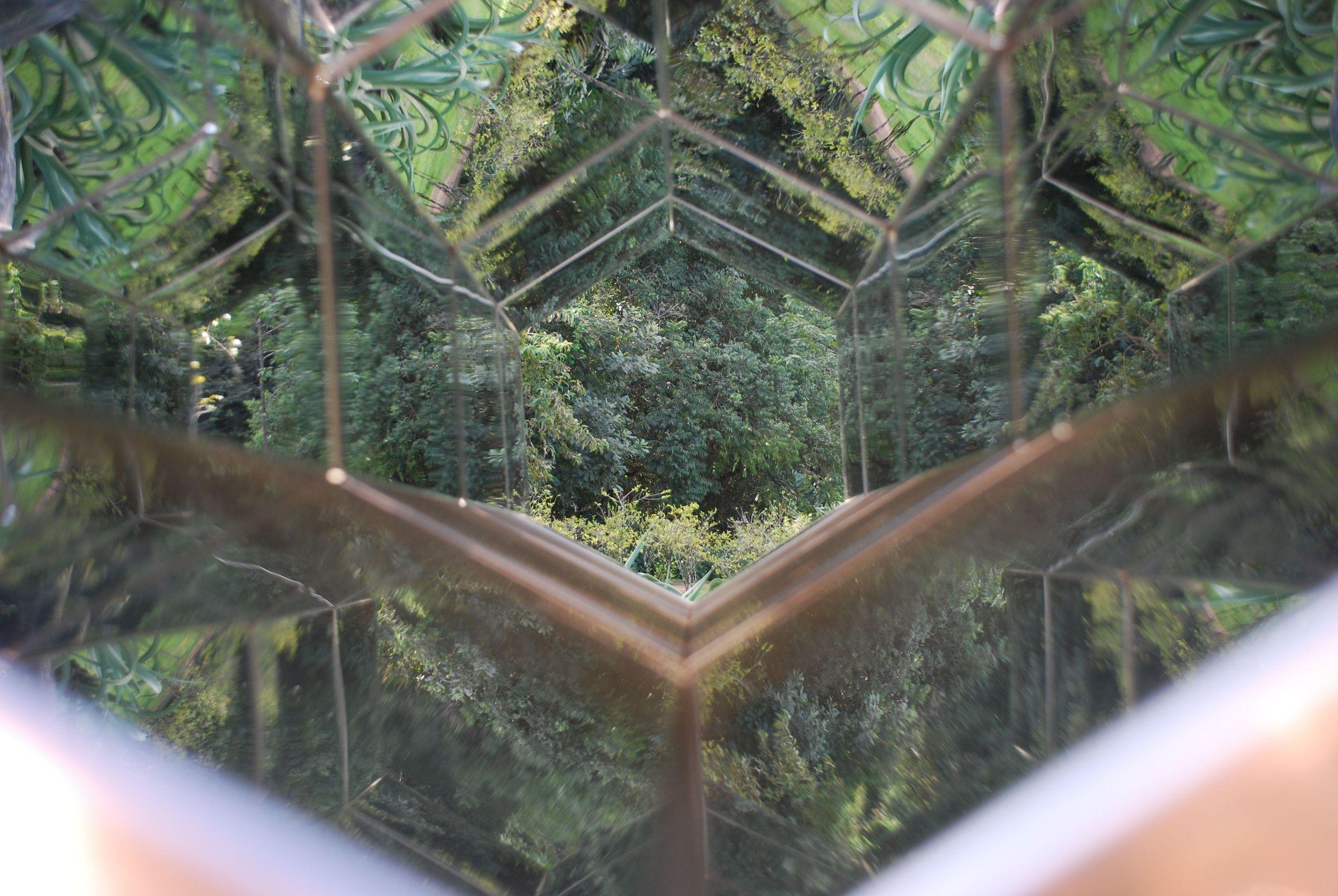 Olafur Eliasson,Viewing Machine 2001 -2008   Inhotim, MG