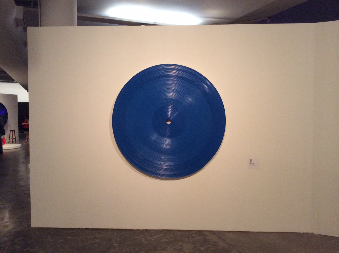 SCHWANKE  Sem título, 1989  Plástico e madeira  Coleção Família Schwanke