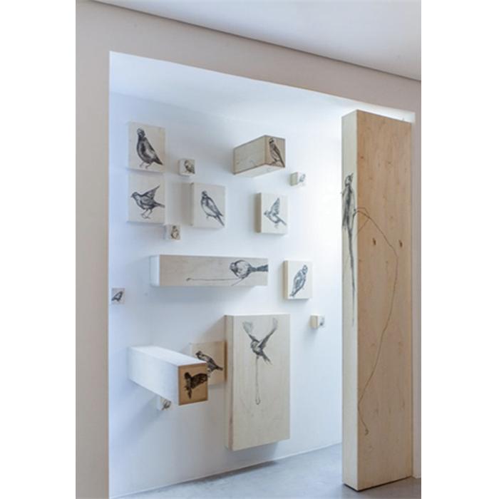 Vitor Mizael Desenho sobre caixas de madeira | Sem título, 2013