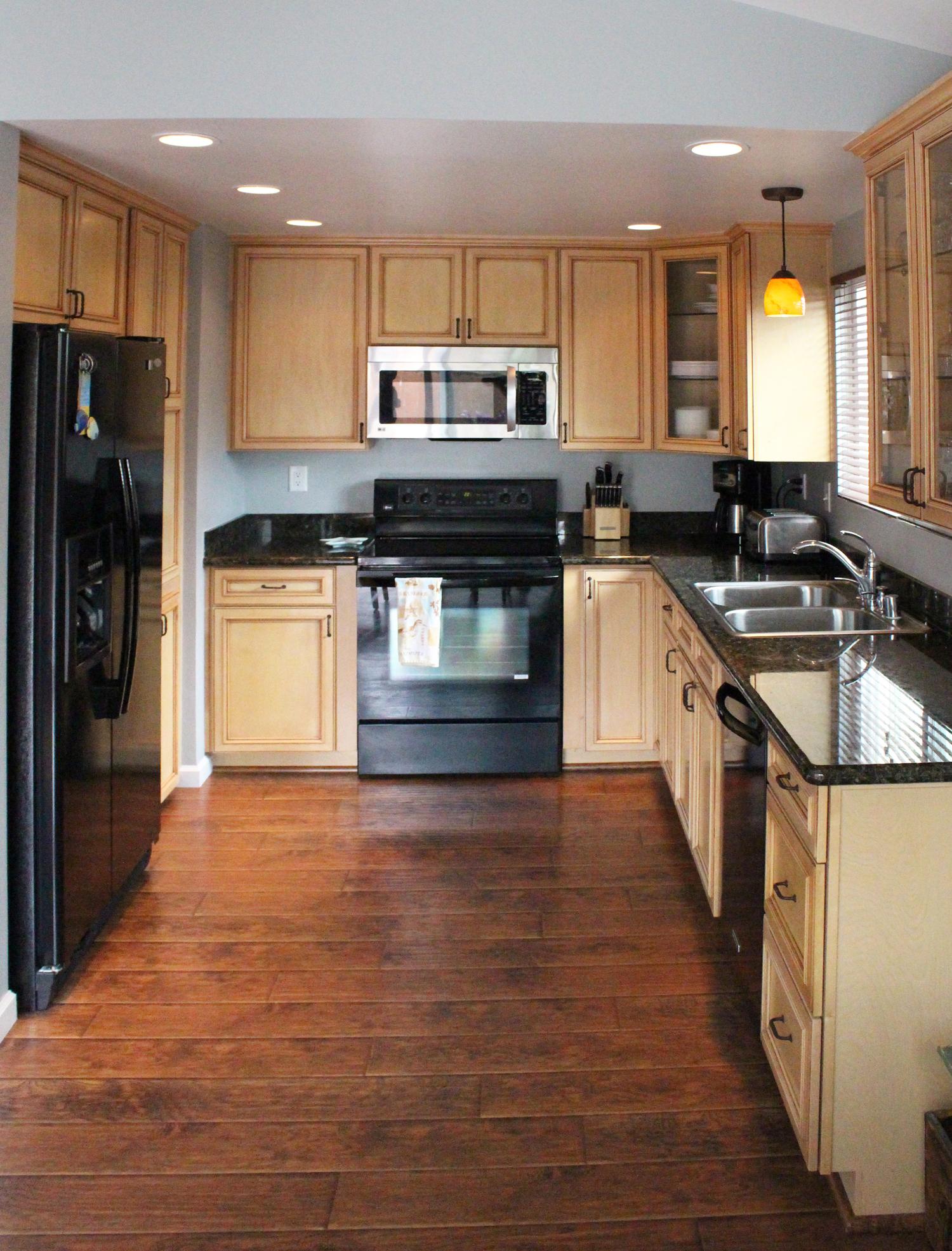 kitchensmall.jpg