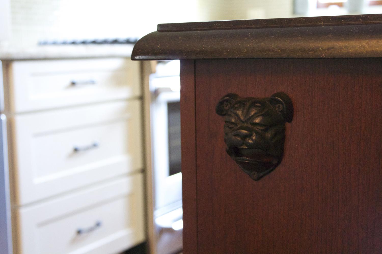 kitchen detail dogsmall.jpg