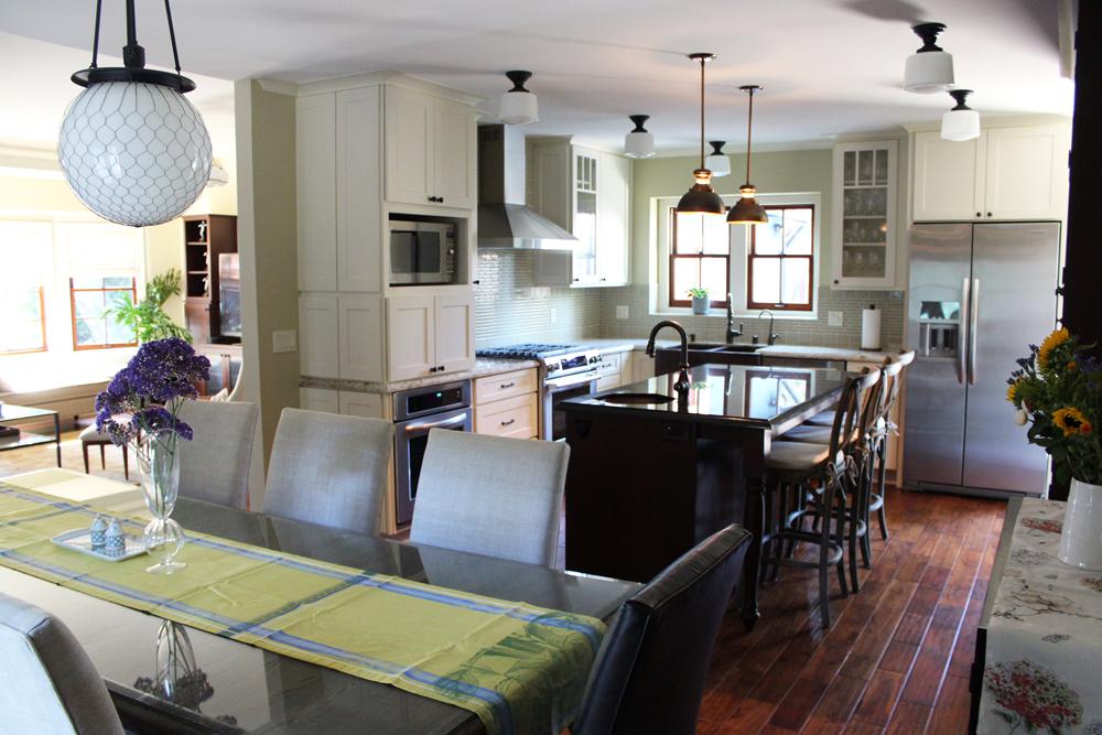 kitchen dining small2.jpg