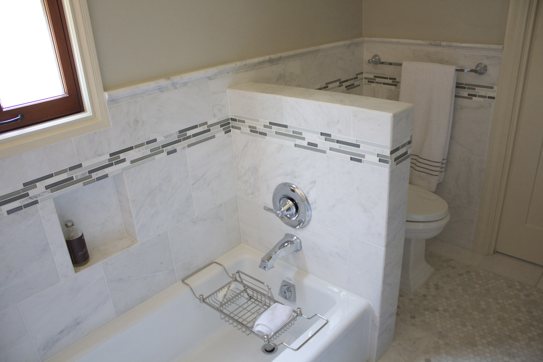 master bath tub2small.jpg