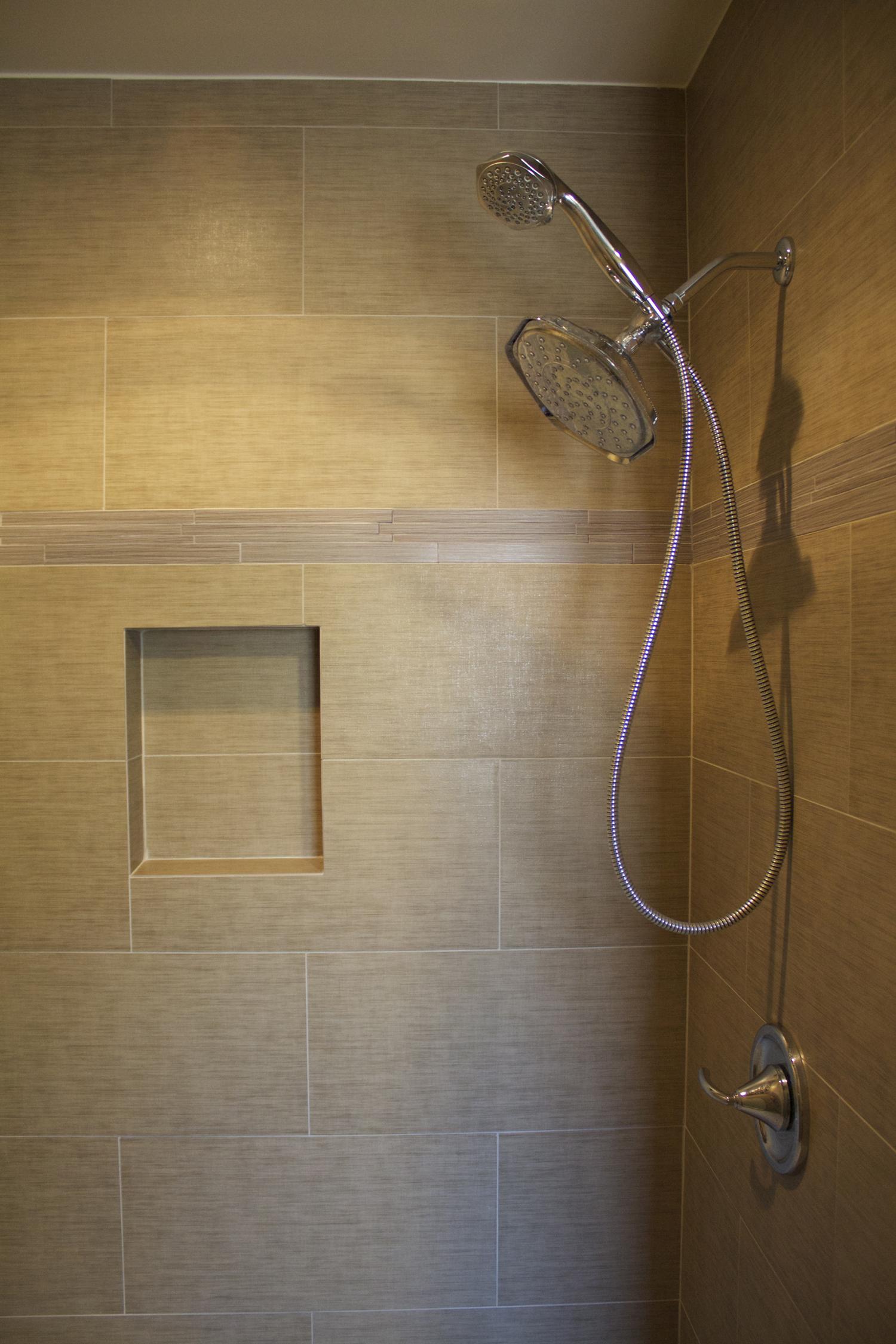 peter bath detailsmall.jpg