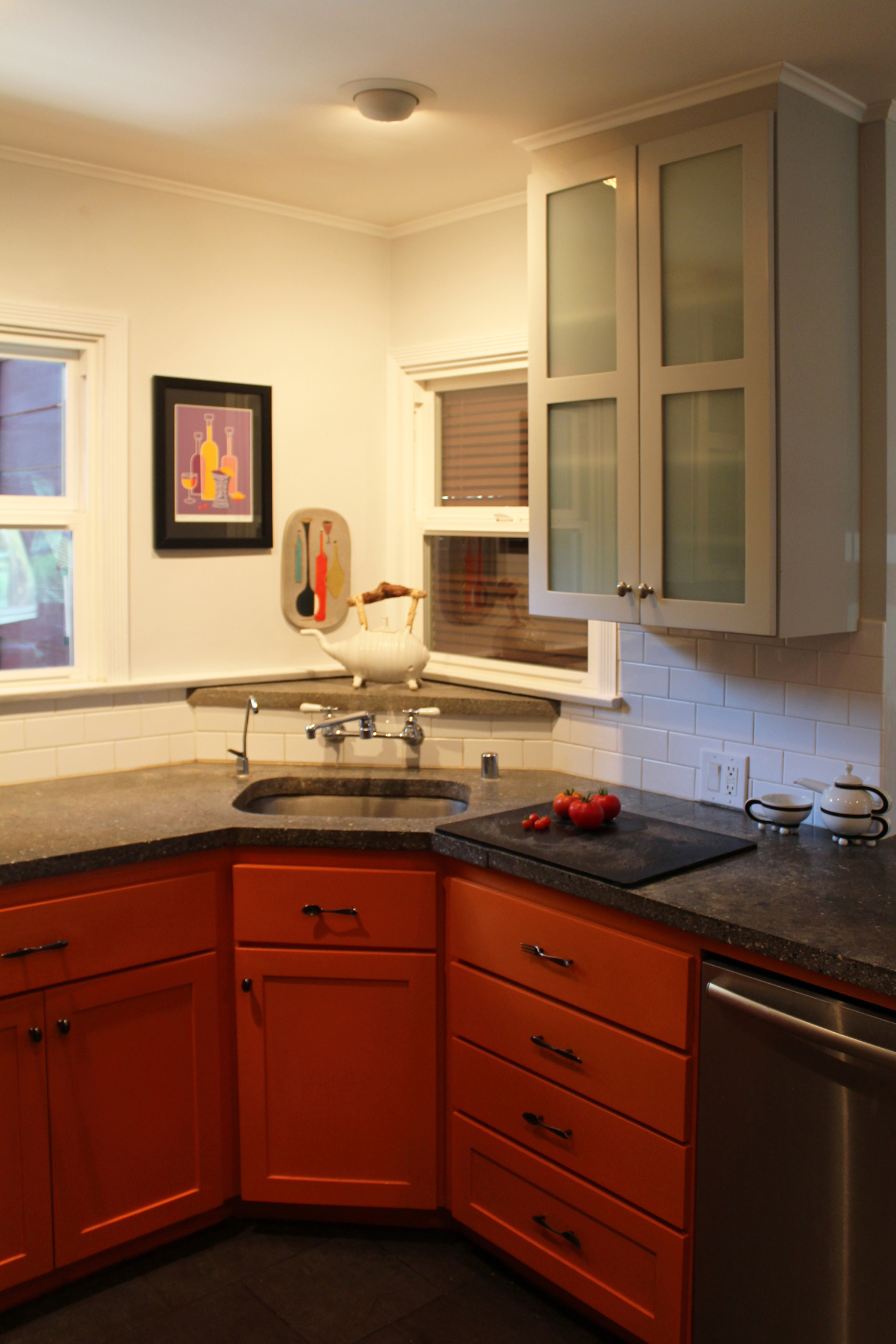 burbank kitchen3small.jpg