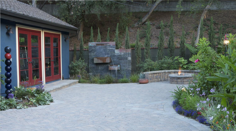 backyard10web.jpg