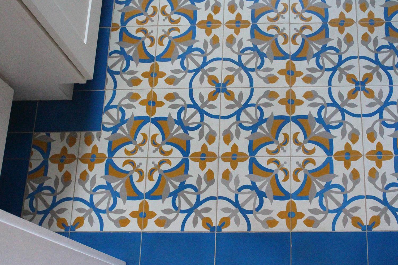 master bath floor detail.jpg