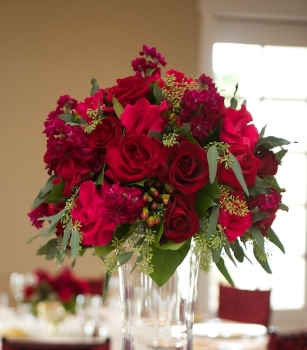 Floral arrangement by  De Vinnie's Paradise .  Photo courtesy of Jose Charo Photography