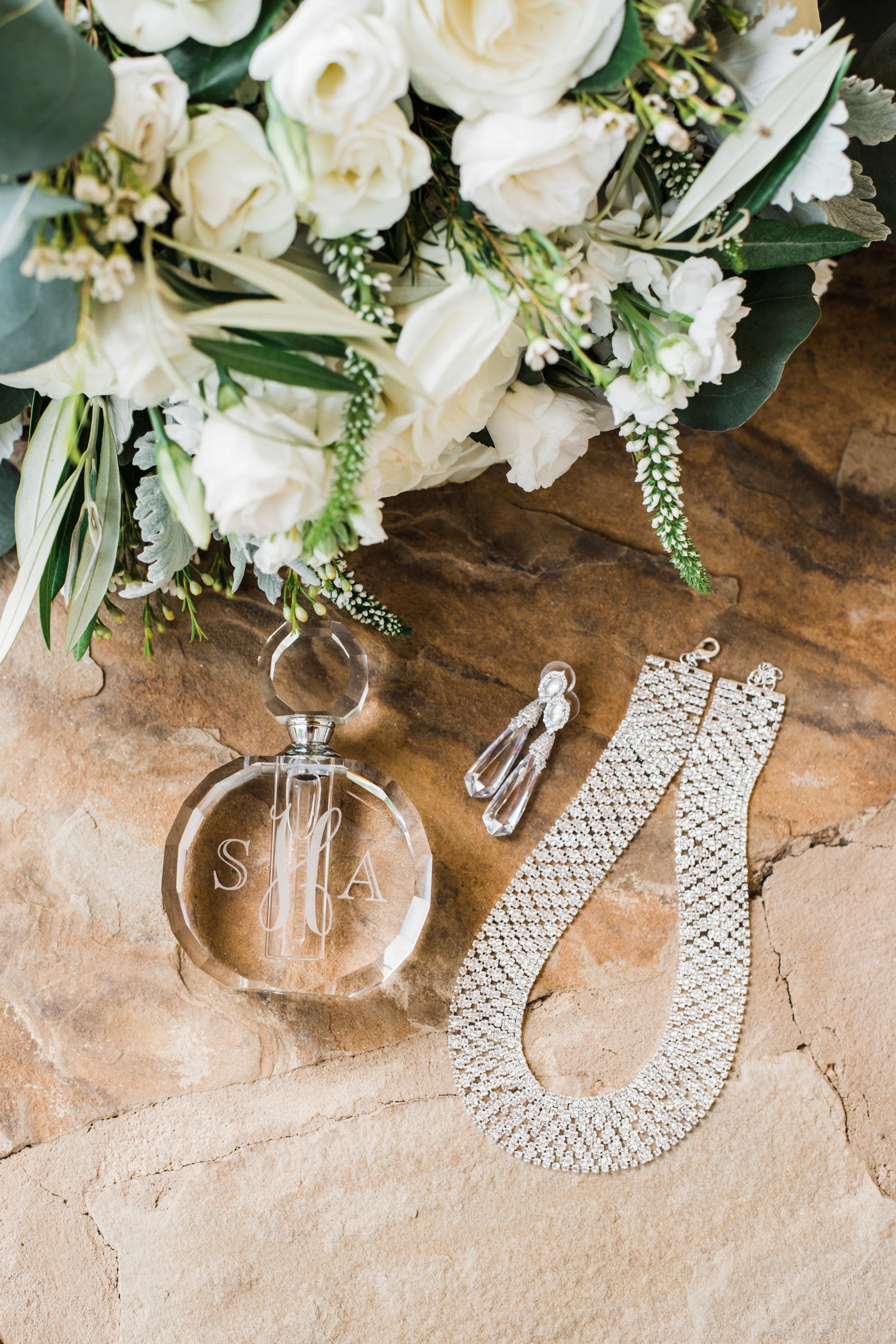 Mr Mrs Hetterley-Bridal Details-0013.jpg
