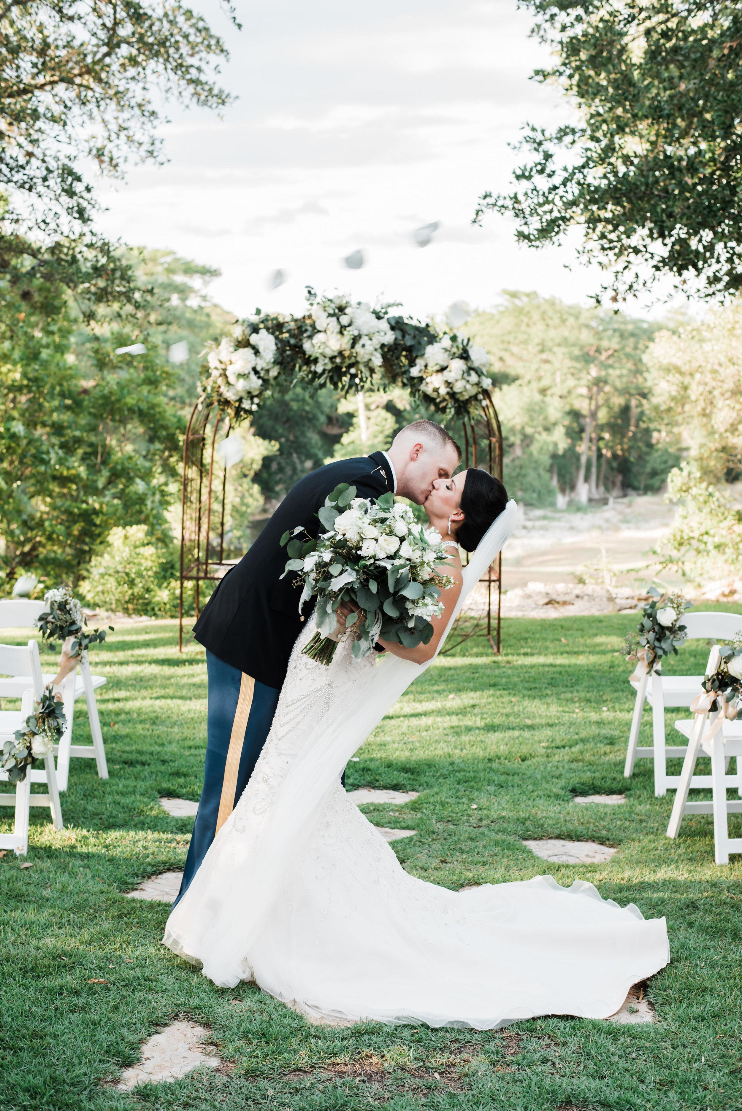 Mr Mrs Hetterley-Bride Groom-0001.jpg
