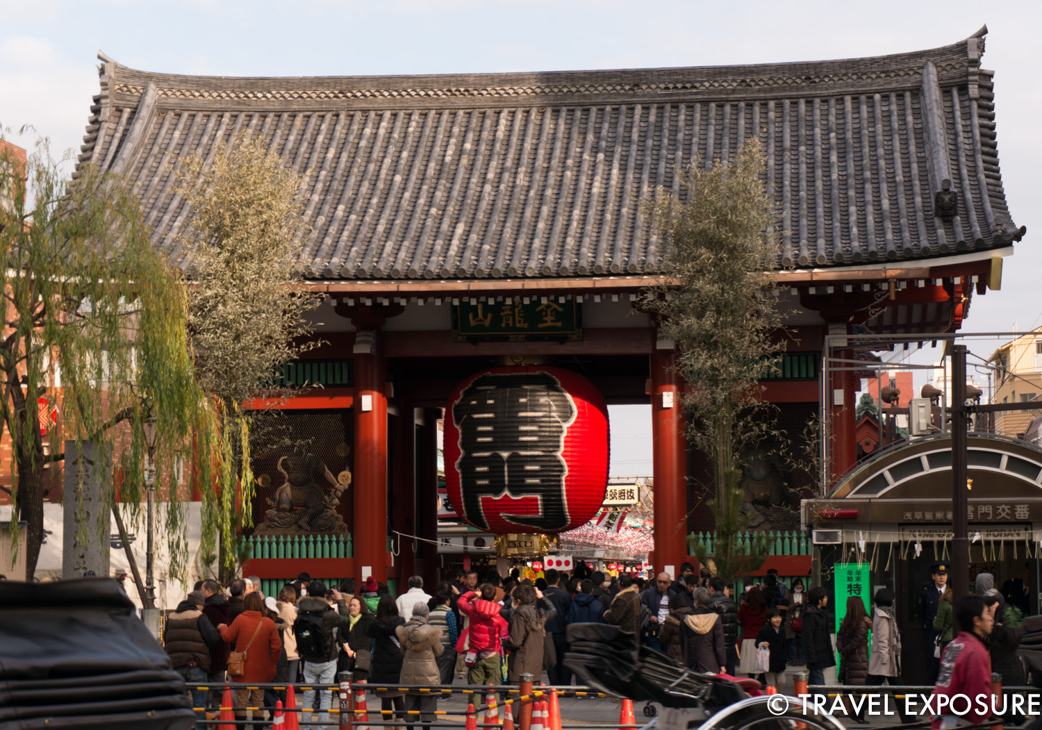 The Kaminarimon Gate leads to the temple through a busy street market. It features a massive paper lantern painted in such a way to suggest thunderclouds and lightning.