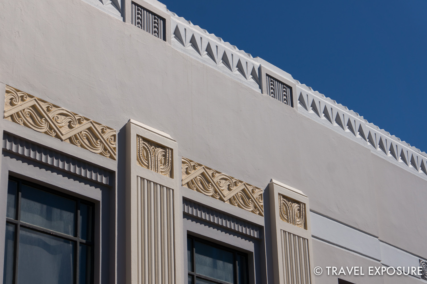 Indigenous Maori designs were often incorporated into the art deco style.